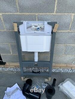 Crosswater concealed cistern & wall hung support frame RRP £345