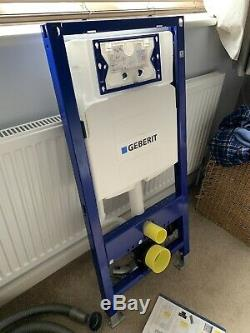 GEBERIT Duofix 1.12m WC Toilet Frame with UP320 Sigma Cistern with WC Bend