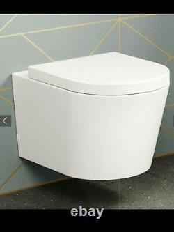 Lyon II Wall Hung Toilet inc Luxury Soft Close Seat. RRP £349.99
