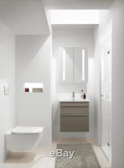 Villeroy & Boch Venticello rimless wall hung pan wc +soft close seat 4611. R0.01
